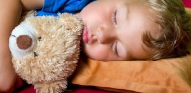 Kann man Kindern schlafen beibringen?