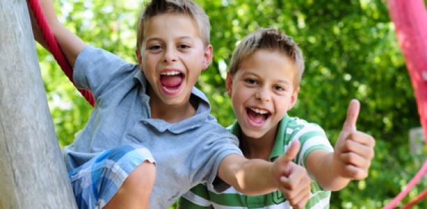 Warum Kinder auch draußen spielen sollten
