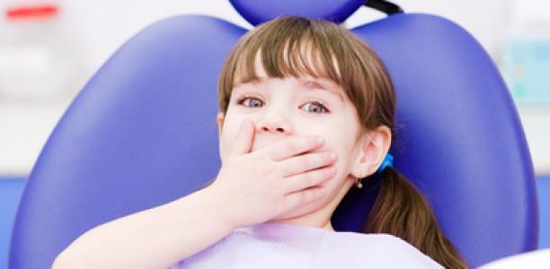 Mein Kind hat Angst vor dem Zahnarzt – hier die besten Tipps