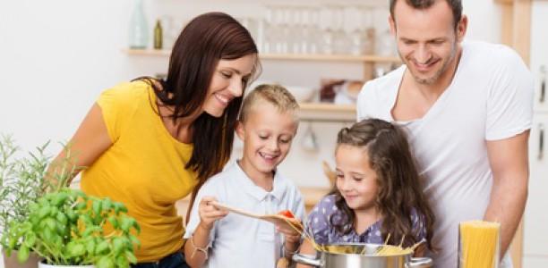 Am Herd wächst das Selbstbewusstsein Ihres Kindes
