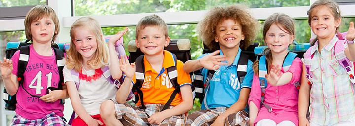 Kinder mit McNeill Ranzen